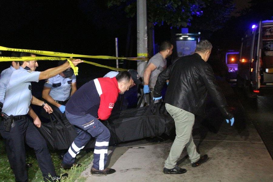Yol kenarındaki ağaçlık alanda erkek cesedi bulundu