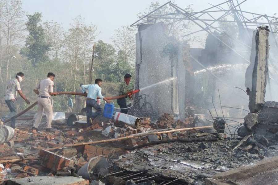 Hindistan'da havai fişek fabrikasında patlama: 23 işçi öldü