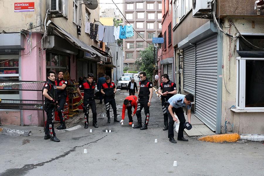 Beyoğlu'da silahlı saldırı: 1 ölü, 2 yaralı