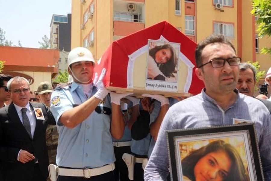 Öğretmen Şenay Aybüke Yalçın defnedildi