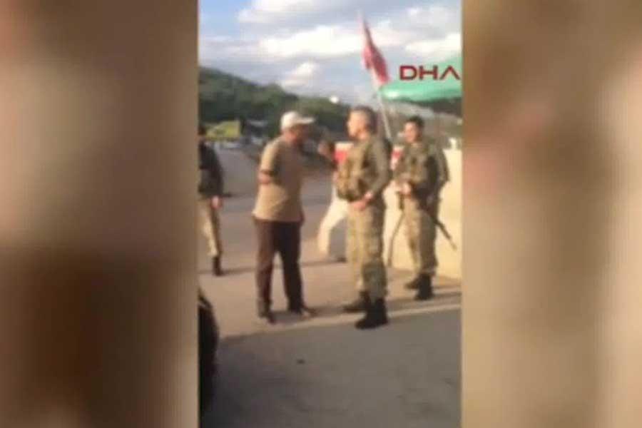 Önlü'yle tartışan asker, 'paraya el koymaktan' açığa alınmış