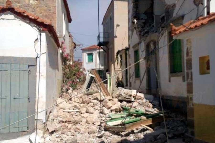 Ege'deki depremde Yunanistan'da 1 kişi öldü, 10 kişi yaralı