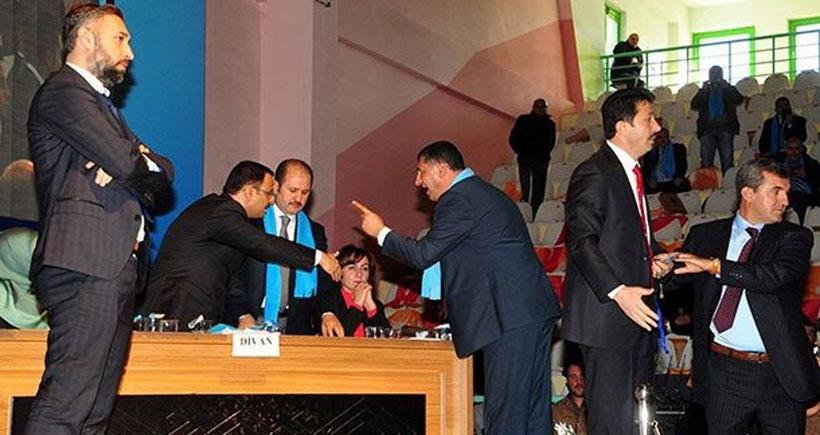 Yozgat'ta olaylı AKP il kongresi