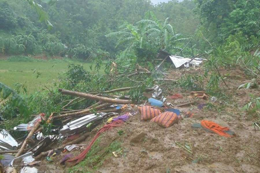 Bangladeş'te toprak kaymalarında 35 kişi öldü