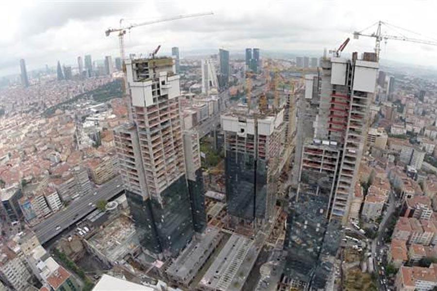 İstanbul'da deprem tartışmaları: 18 milyon nereye sığınacak?