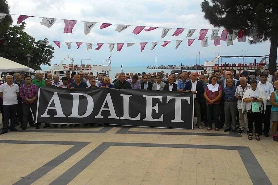 Sinop'ta 'Adalet Nöbeti' için toplanıldı
