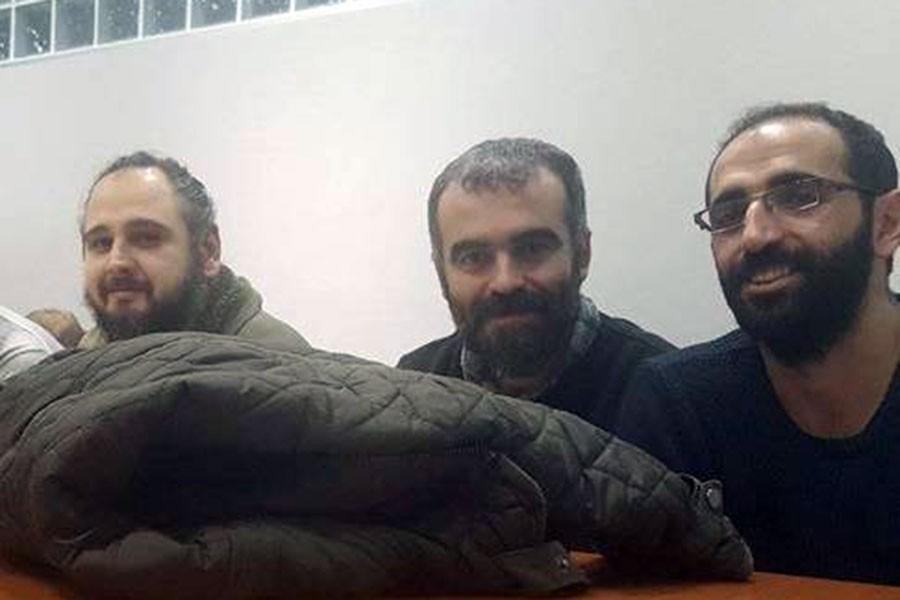 Üç gazeteci beş aydır iddianamesiz cezaevinde!