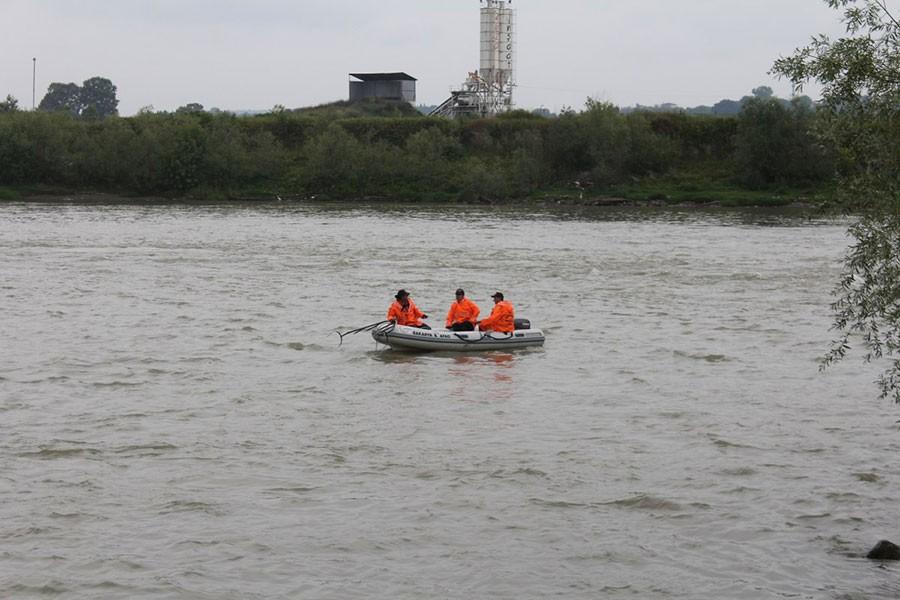 Nehirde kaybolan Suriyeli genci arama çalışmaları sürüyor