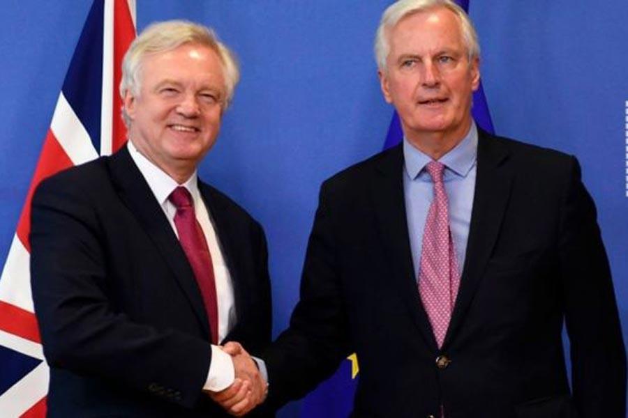 Brexit için AB'nin yol haritası kabul edildi