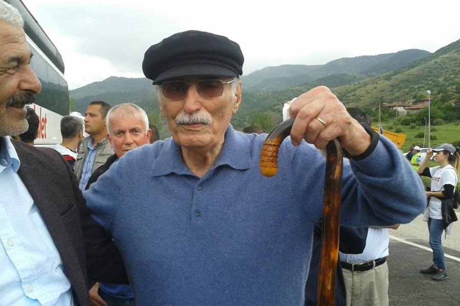 92 yaşındaki Karsu'dan 'Adalet Yürüyüşü' için şiir