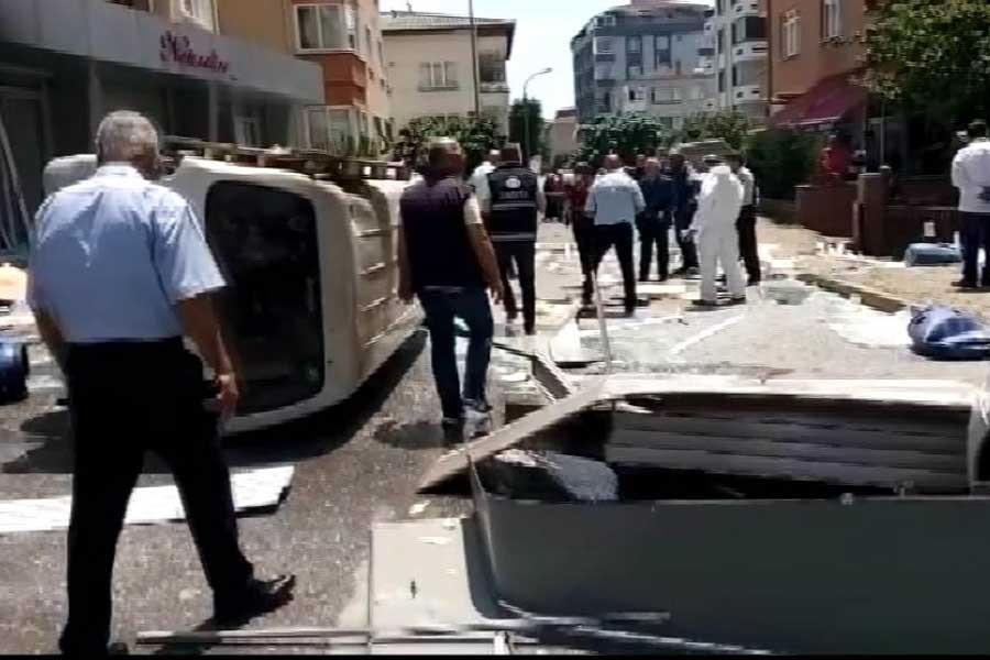 Maltepe'de iş yerinde patlama