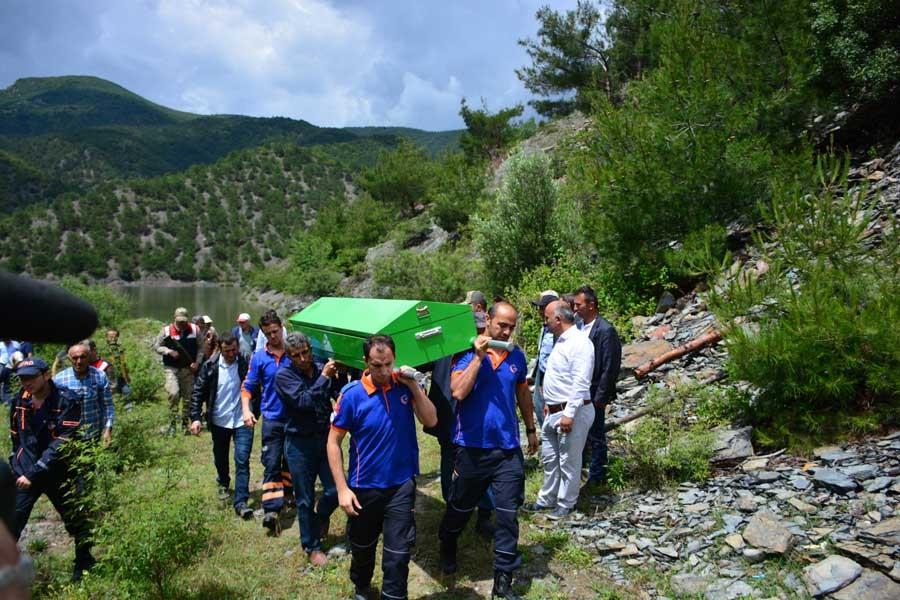 Keçi otlatırken kaybolan Handan'ın cesedi gölde bulundu