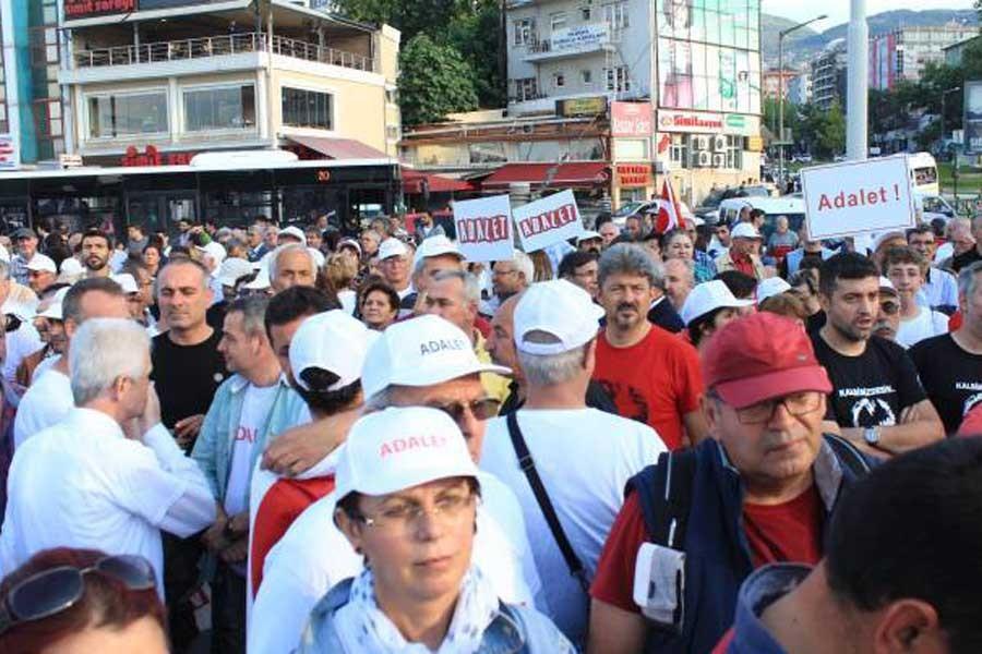 CHP Bursa'da da 'Adalet Nöbeti' başlatıyor