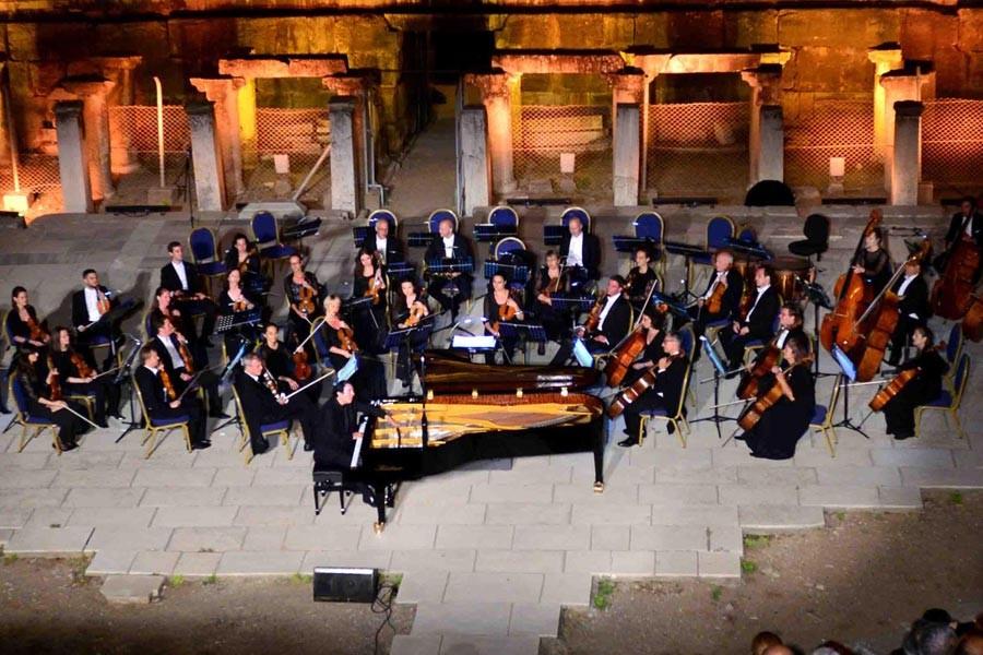 Fazıl Say ve Viyana Oda Orkestrası'ndan Efes'te konser