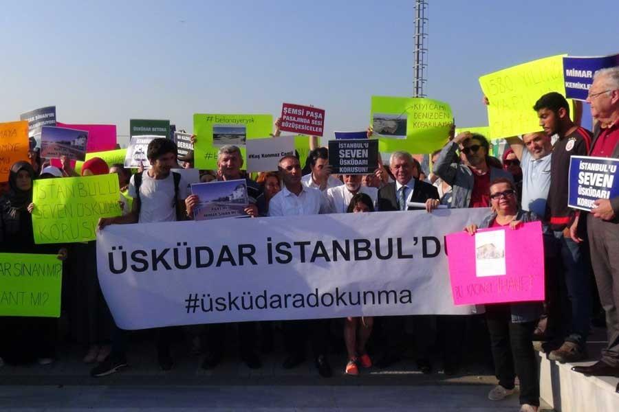 Üsküdar'da yaya yolu projesi protesto edildi
