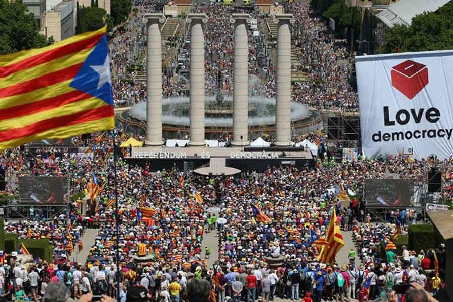 'Bağımsızlık, Katalonya halkının en önemli sorunu değil'