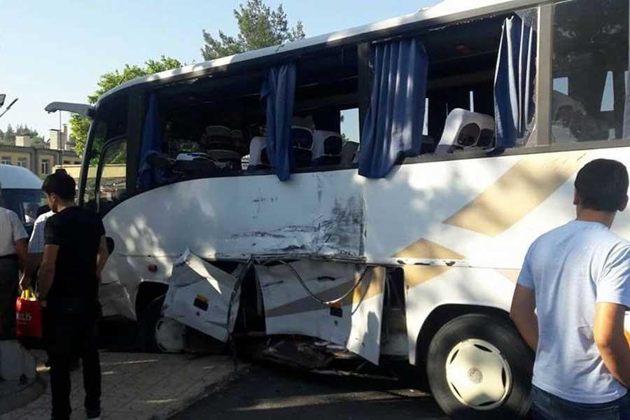 Maraş'ta 3 işçi servisi kaza yaptı: 18 yaralı
