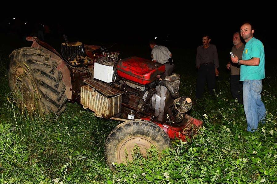 Orman yolunda devrilen traktörde 2 ölü 1 yaralı