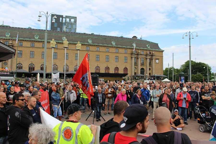 Göteborg liman işçileriyle dayanışma eylemi düzenlendi