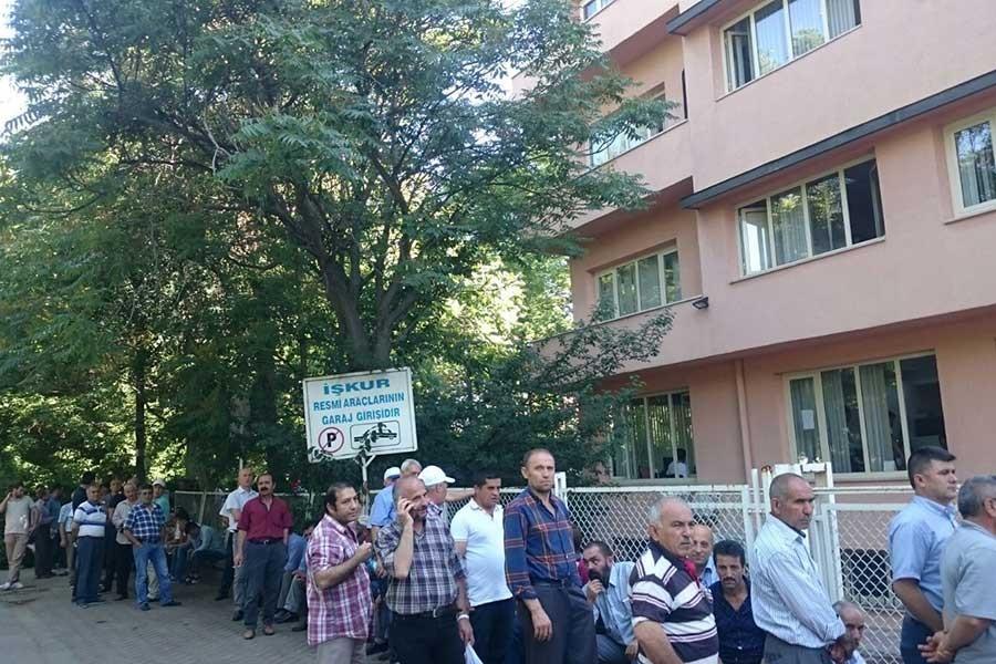 Ankara'da işsizlik kuyruğu