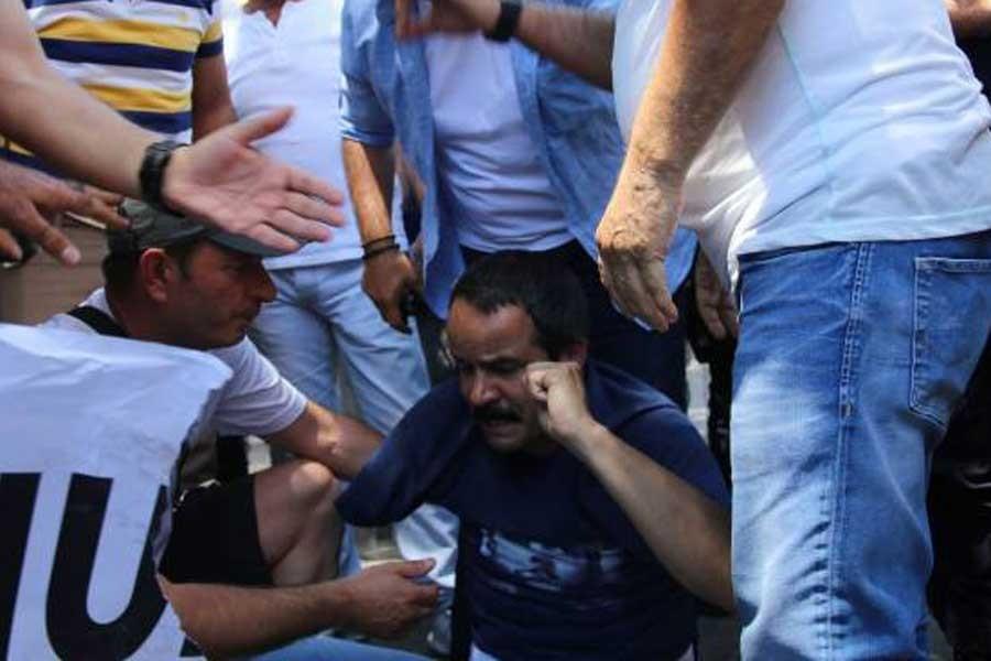 Polis, Veli Saçılık'ın ampute omzunu kırdı
