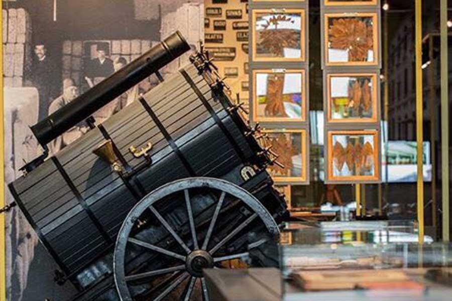 Tütün Fabrikası: Emeğin Mekânı sergisi