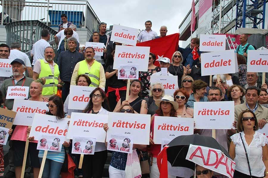 İsveç'ten Adalet Yürüyüşü'ne destek