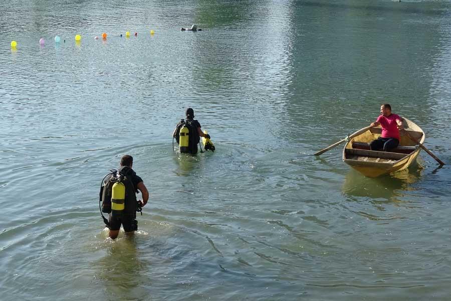 Serinlemek için girdiği Seyhan Nehri'nde boğuldu