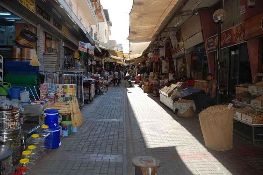 Aydın'da tarihi Ayakkabıcılar Çarşısı eski günleri arıyor