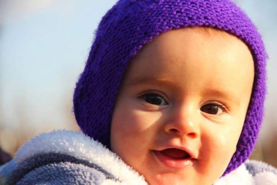 Cezaevinde 1 yaşına giren Miraz bebeğe pastayı çok gördüler