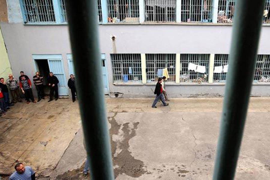 'Cezaevinde darp ve ölüm tehdidi' iddiası