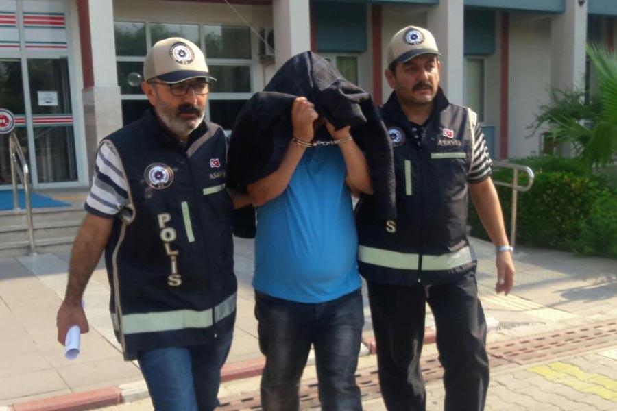 Yaşlı kadını darbeden maskeli hırsız 'polis' çıktı