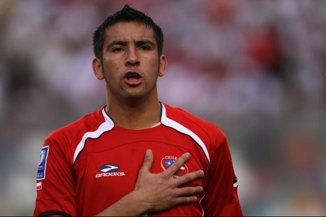 Fenerbahçe, Şilili Mauricio Isla ile anlaşmaya vardı