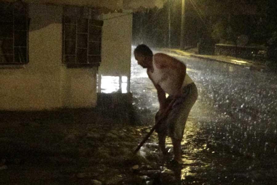 Mersin'de eğitime yağmur tatili
