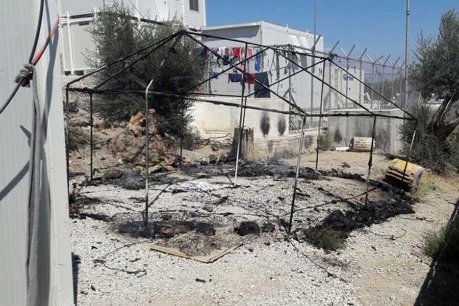 Yunanistan'ın Moria kampında mülteciler isyan etti