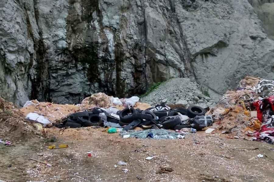 Ordu Divane'de açılan taş ocağı çöplük oldu