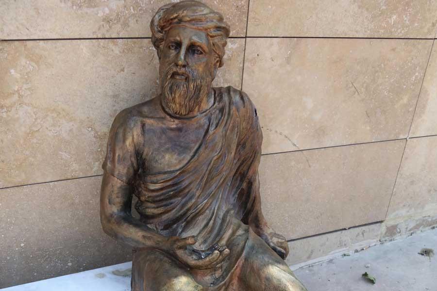 Anaksagoras'ınelindekidünyayı çaldılar