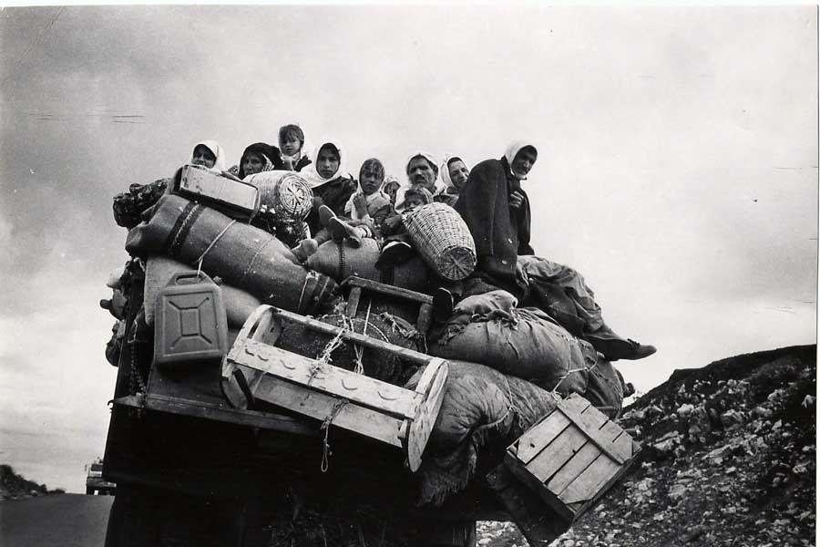 İFSAK arşiv fotoğraflarını sergiliyor