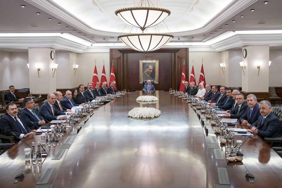 Bakanlar Kurulu revizyonun ardından ilk kez toplandı