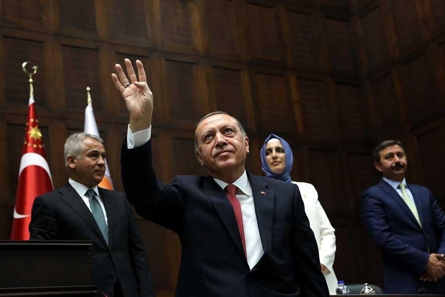 Erdoğan'dan insan hakları savunucularına 'ajan' suçlaması