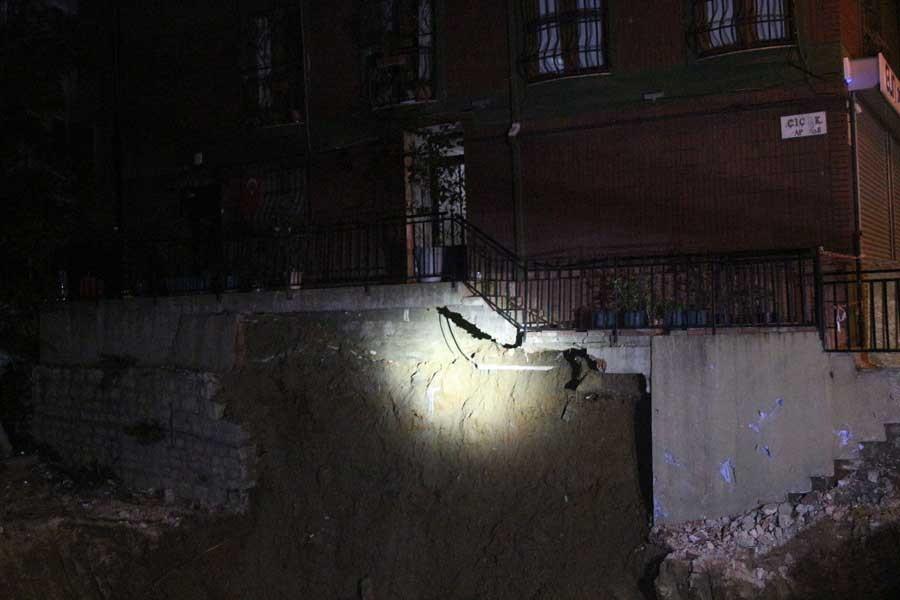 Şişli'de inşaat alanında çökme meydana geldi