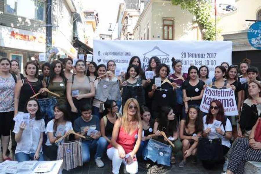 Kadınlardan 'Kıyafetime karışma' yürüyüşüne çağrı