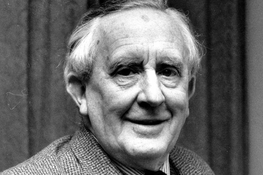 J. R. R. Tolkien'in hayatı film oluyor