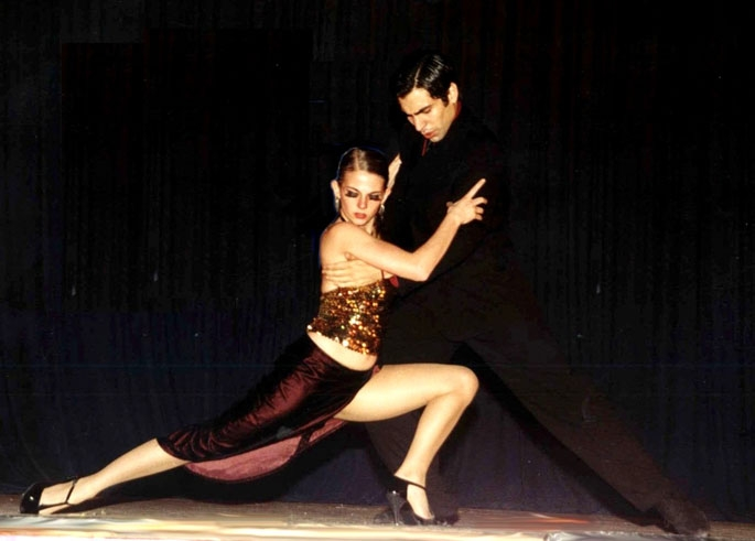 Dans et benimle
