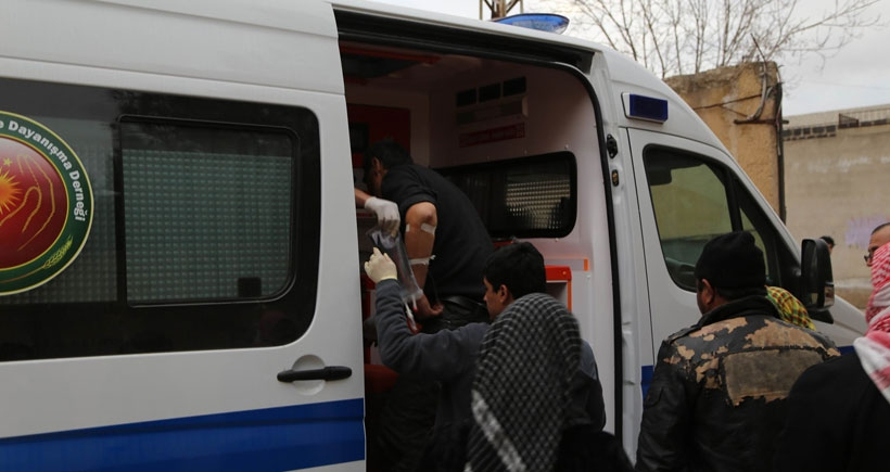 Kobanê'de yaralanan sivillerden biri yaşamını yitirdi