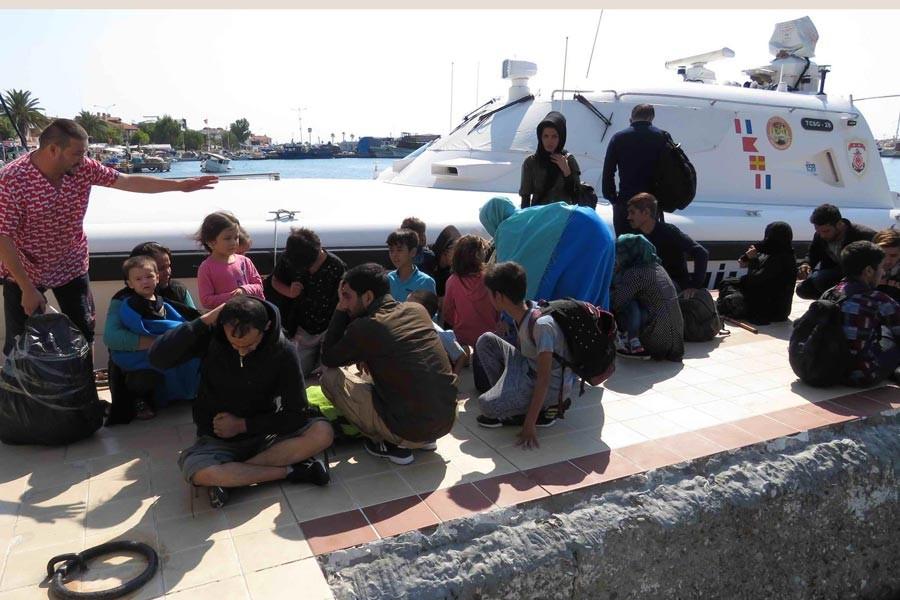 Ayvacık'ta 80 sığınmacının geçişi engellendi