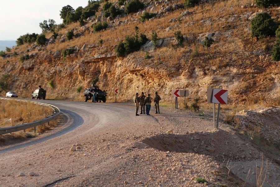 Bingöl'de askeri araca saldırı: 1 asker yaşamını yitirdi, 3 yaralı