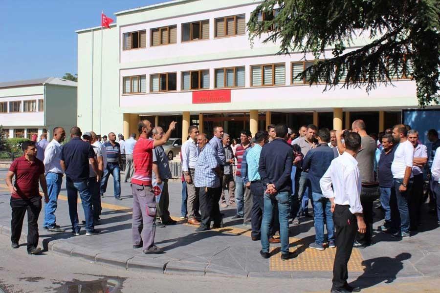 Niğde'de yuttaşlardan TOKİ protestosu