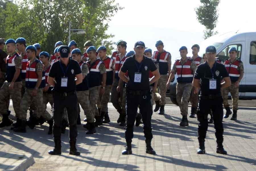 'Cumhurbaşkanı'na suikast timi' davası 27 Eylül'e ertelendi