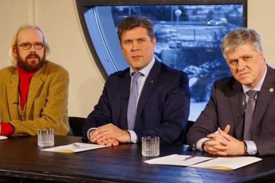 İzlanda'da koalisyon hükümetini pedofili skandalı çökertti